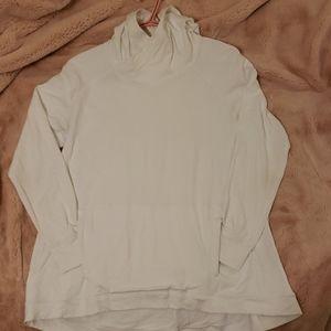 Lululemon White Pullover Shirt